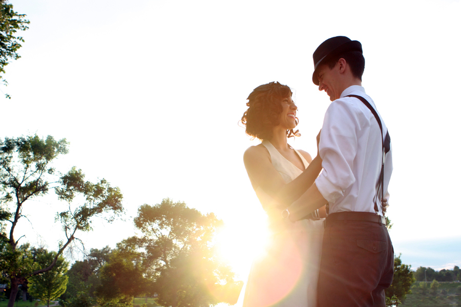 engagement photography couple in a sunset