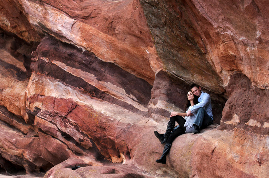 engagement photography couple at red rocks wearing blue