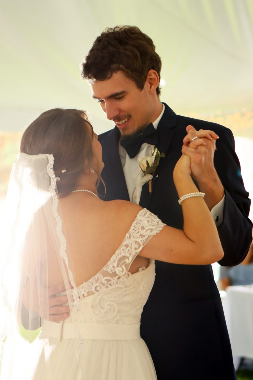wv country wedding bride and grooms first dance